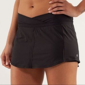 Lululemon Skirt/Skort - Perfect Condition
